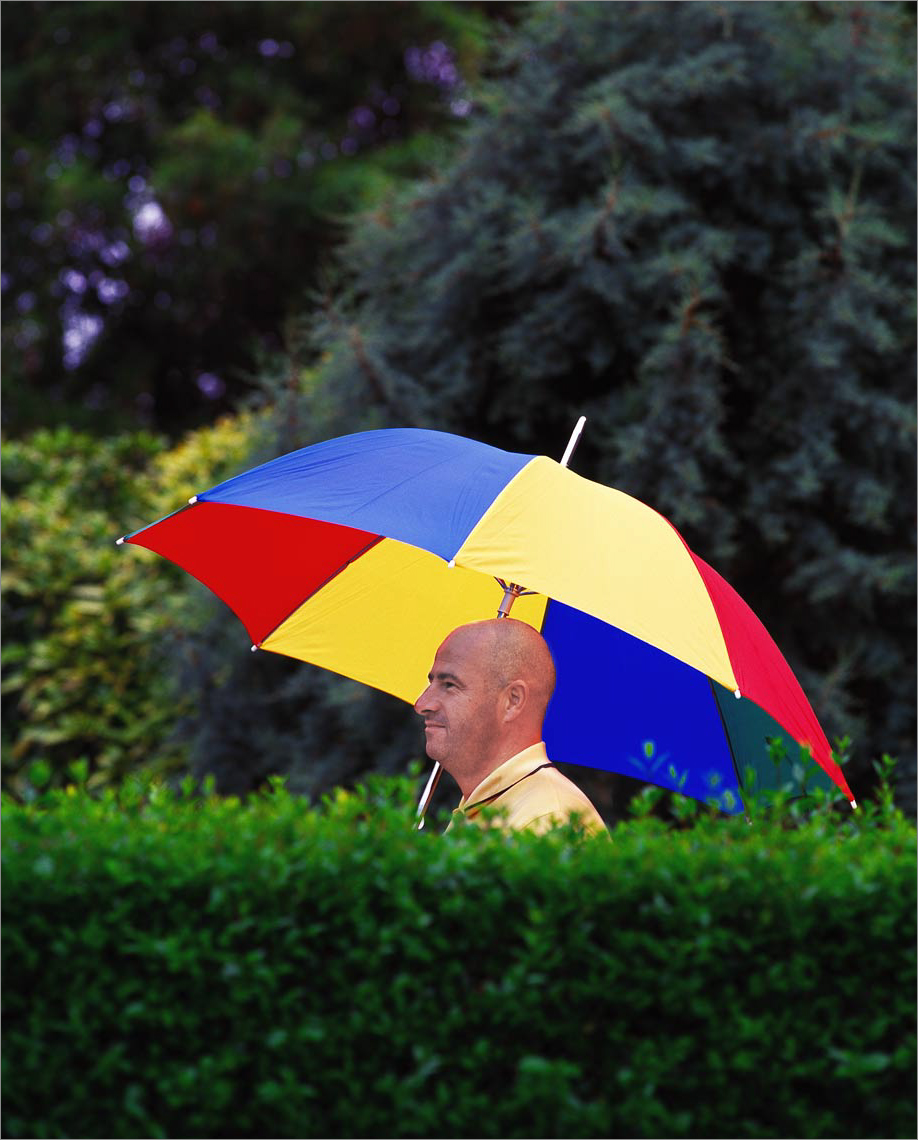 1-nrg-brolly-man ©Paul Hampton Photographer Glasgow