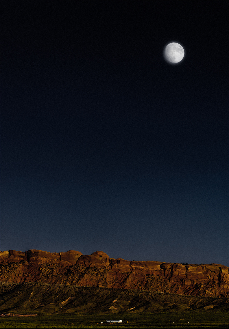 Utah-Moonrise ©Paul Hampton Photographer Glasgow