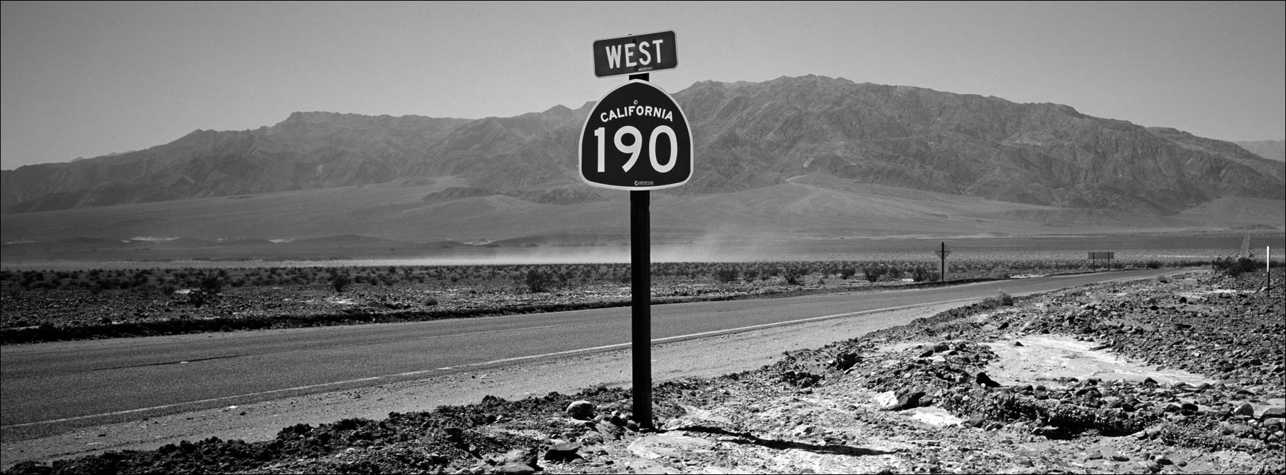 death-valley-road ©Paul Hampton Photographer Glasgow