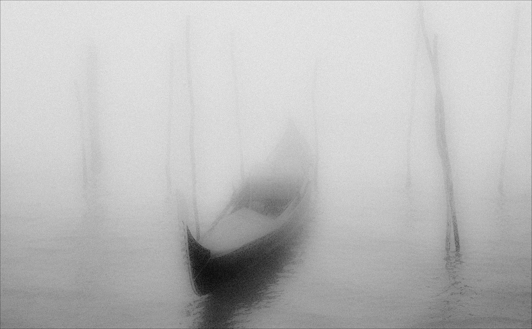 gondola fog, venice©Paul Hampton Photographer Glasgow