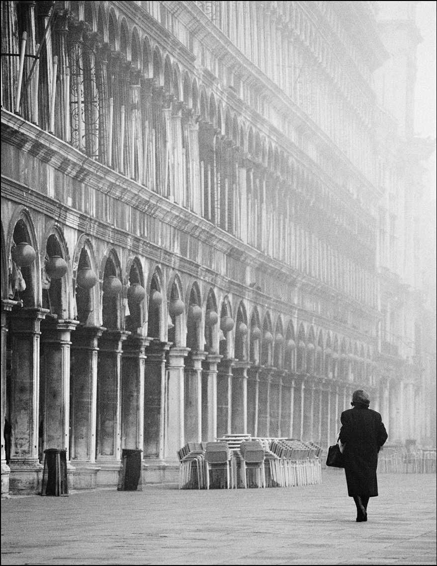 Woman in St Marks Square, Venice ©Paul Hampton Photographer Glasgow